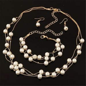 NWT Gold and Pearl Necklace & Earring Set